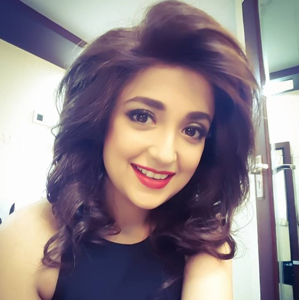 Monali Thakur   IMAGES, GIF, ANIMATED GIF, WALLPAPER, STICKER FOR WHATSAPP & FACEBOOK