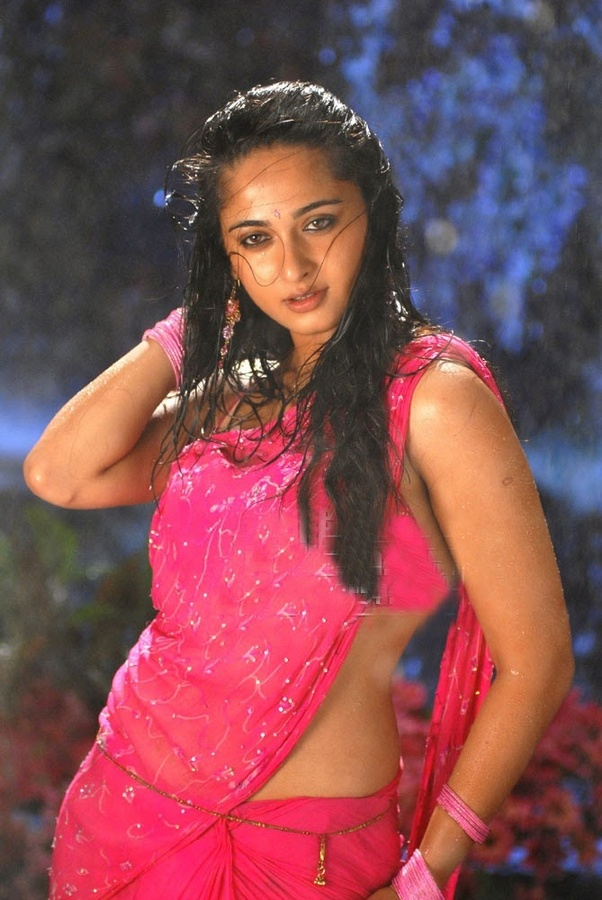 Anushka Shetty Bikini Photo shoot