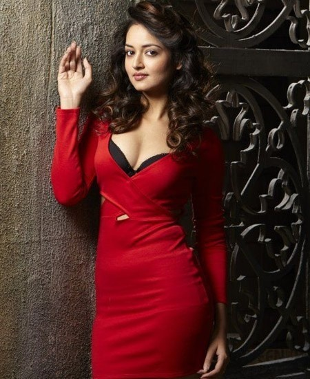 shanvi srivastava red hot